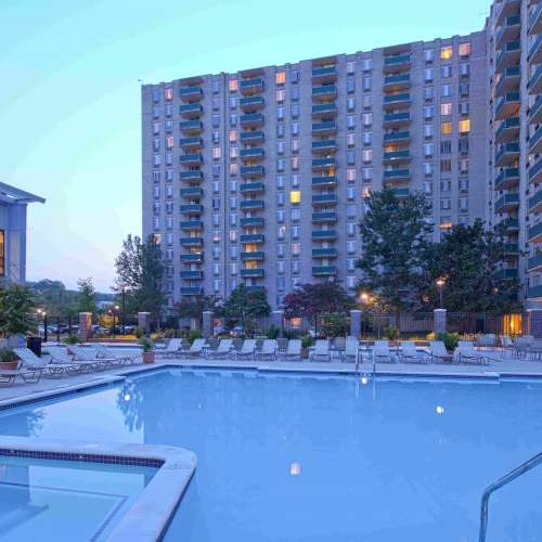 See Riverside Apartment Photos Amp Videos Amenities Views