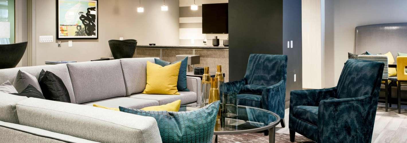 The Palatine Apartments : Lounge 2