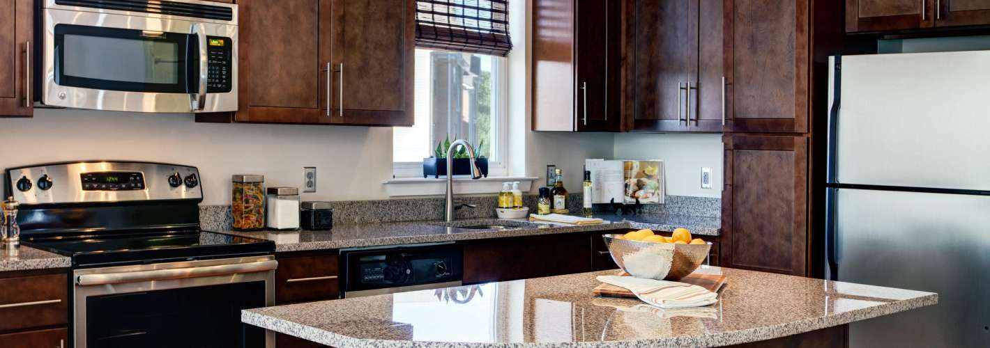 The Yards at Fieldside Village : Model Kitchen