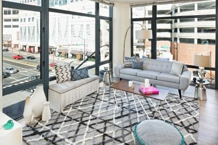 The Maxwell : Living Room