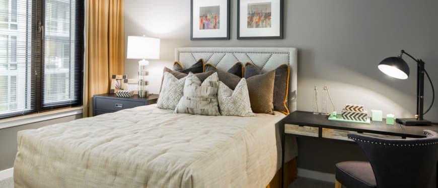 Flats 8300 : Premium Shaw® carpet in bedrooms, halls, and closets