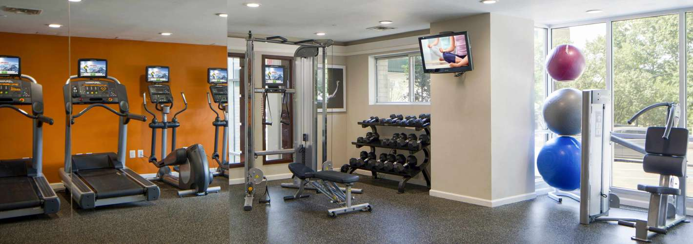 Roosevelt Towers : Staying healthy is easy in our 24 hour fitness center.