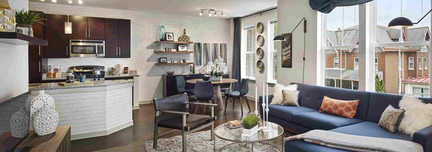 Chestnut Square : Chestnut Square Livingroom