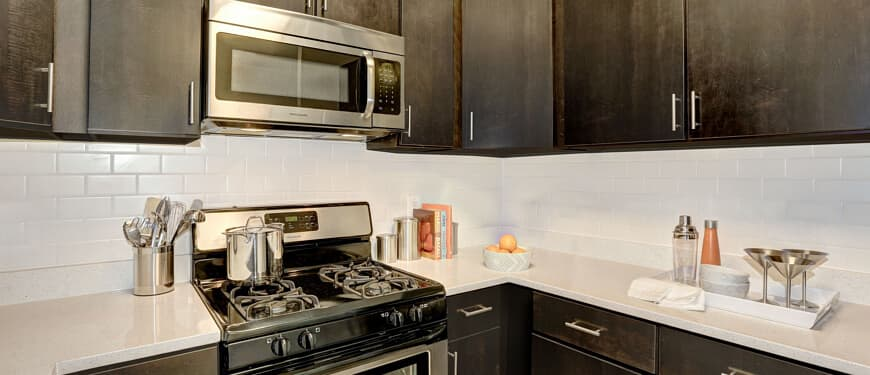 The Whitney : Kitchen