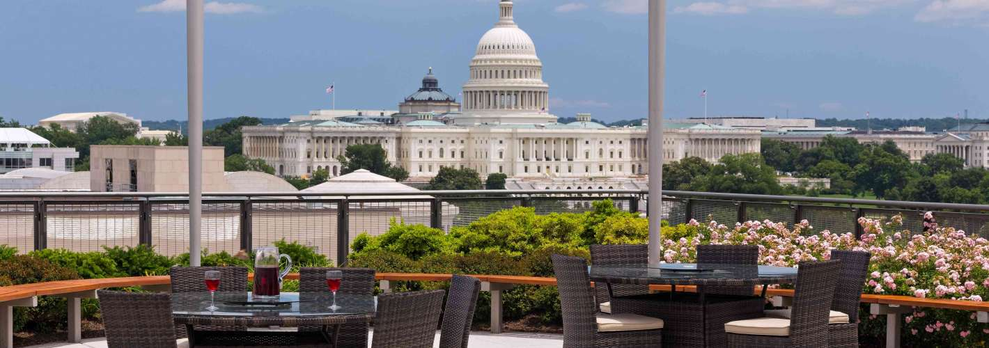 Newseum Residences : Rooftop Capitol View