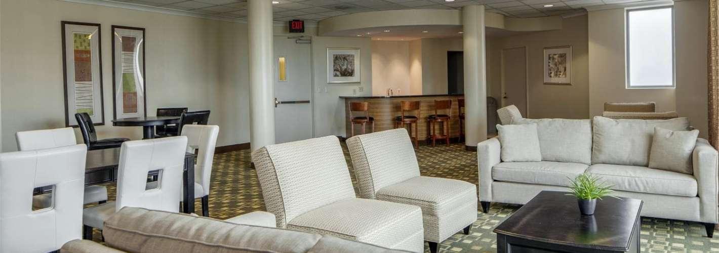 The Metropolitan : Clubroom