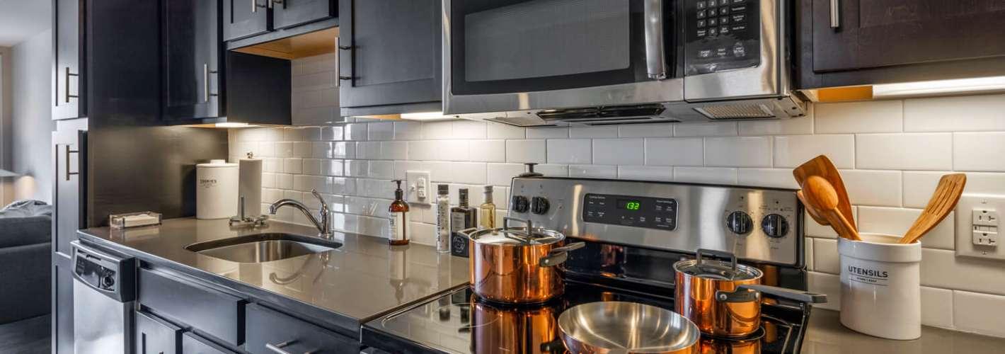 The Isle : Kitchen