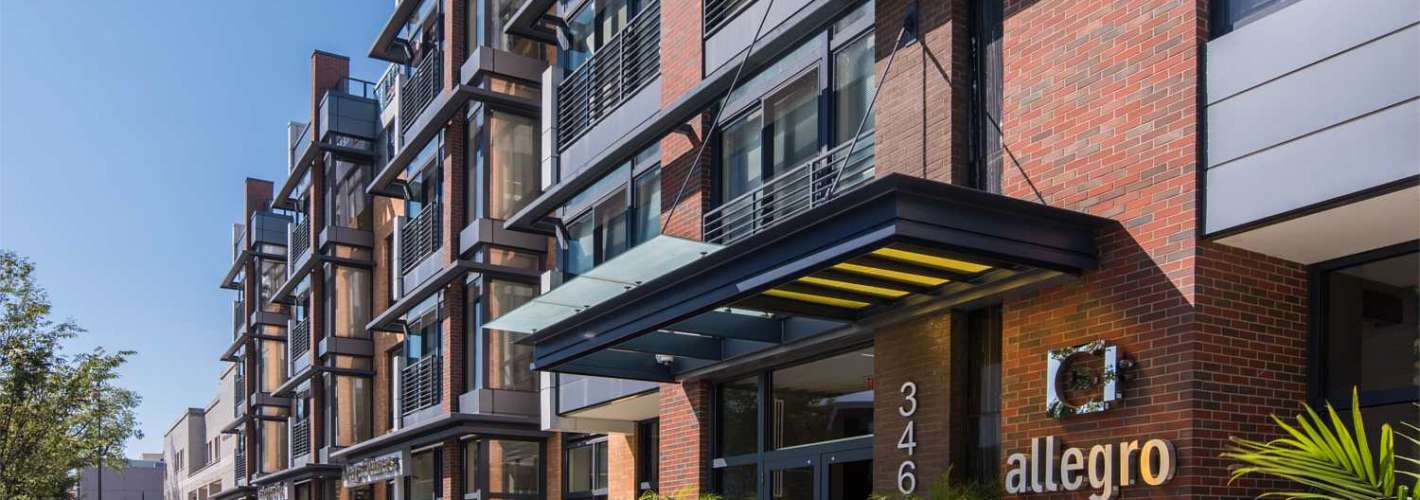 Allegro : Exterior Building