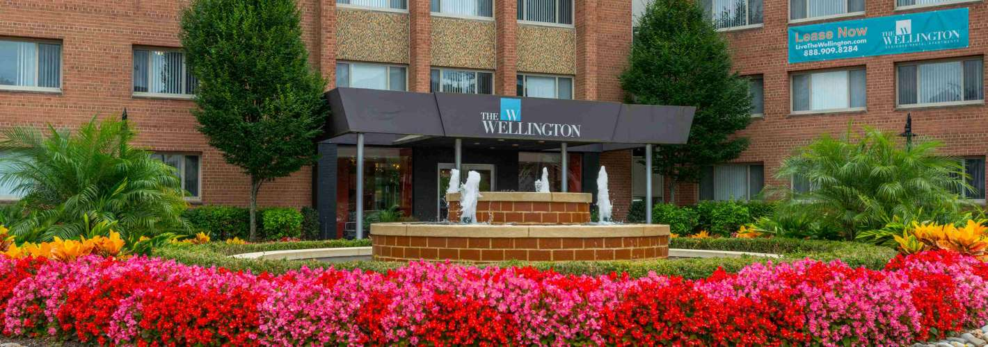 The Wellington : Make your home in the heart of Arlington, voted best overall city in VA