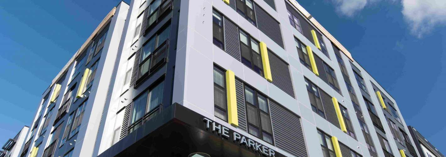 The Parker : Leasing Office