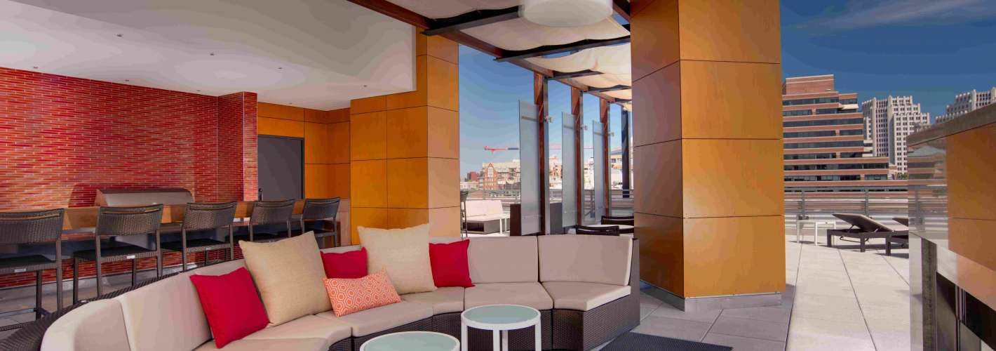 Flats at Bethesda Avenue : Rooftop3