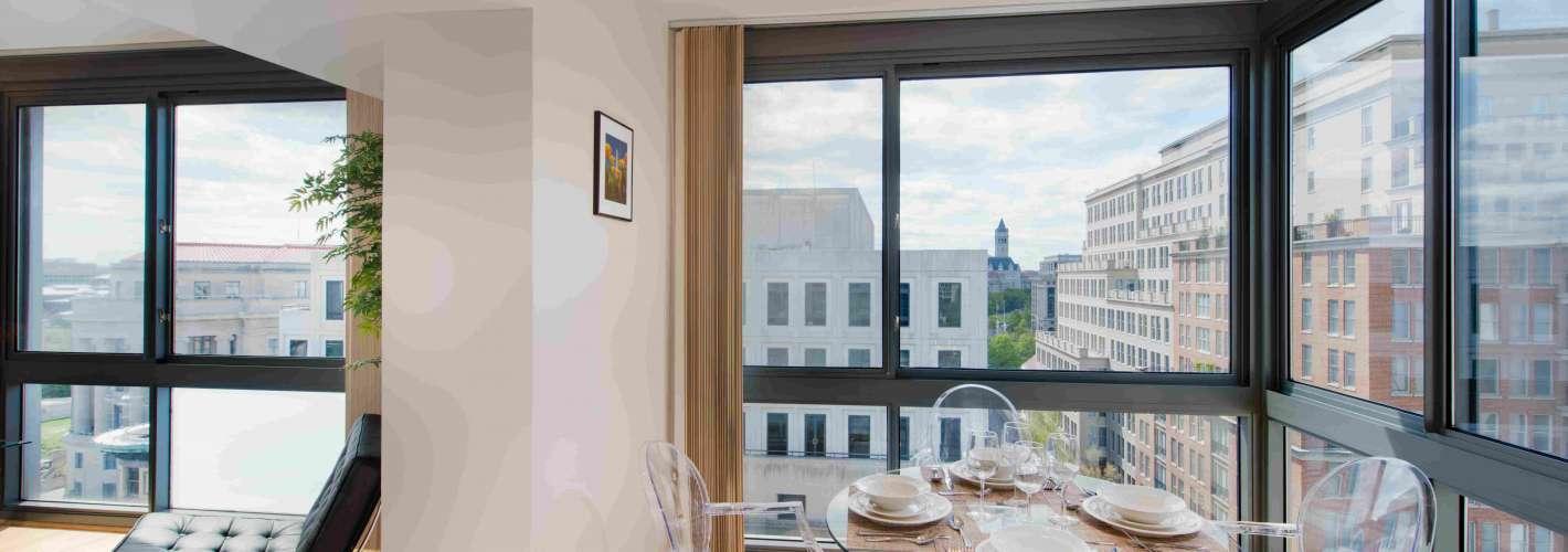 Newseum Residences : Dining Area
