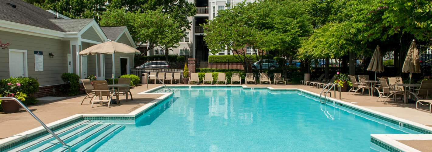The Apartments at Regent's Park : Exterior Pool