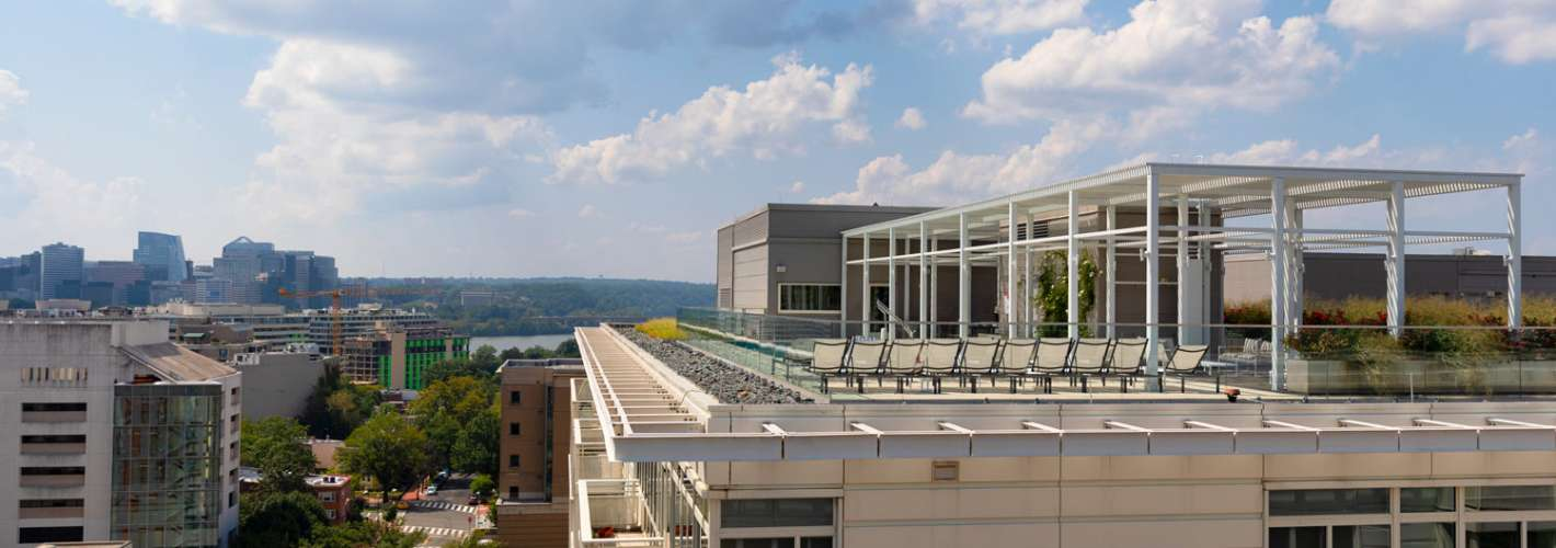 Residences on The Avenue : Rooftop Deck