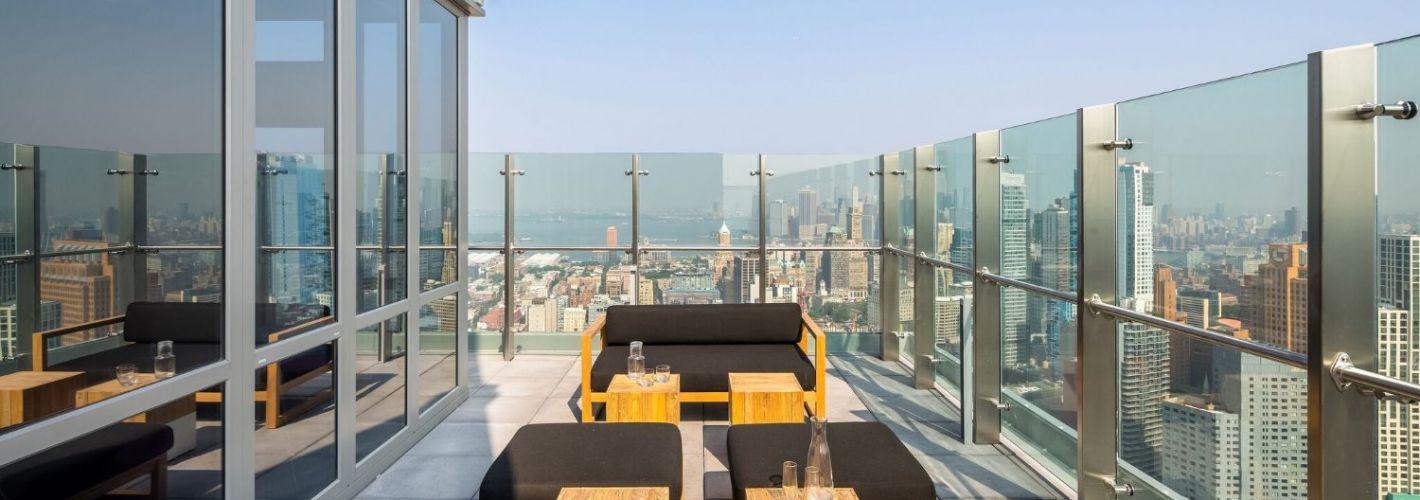 HUB : Sky Lounge Terrace