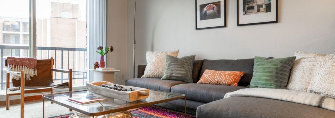 Falls Green : Living Room