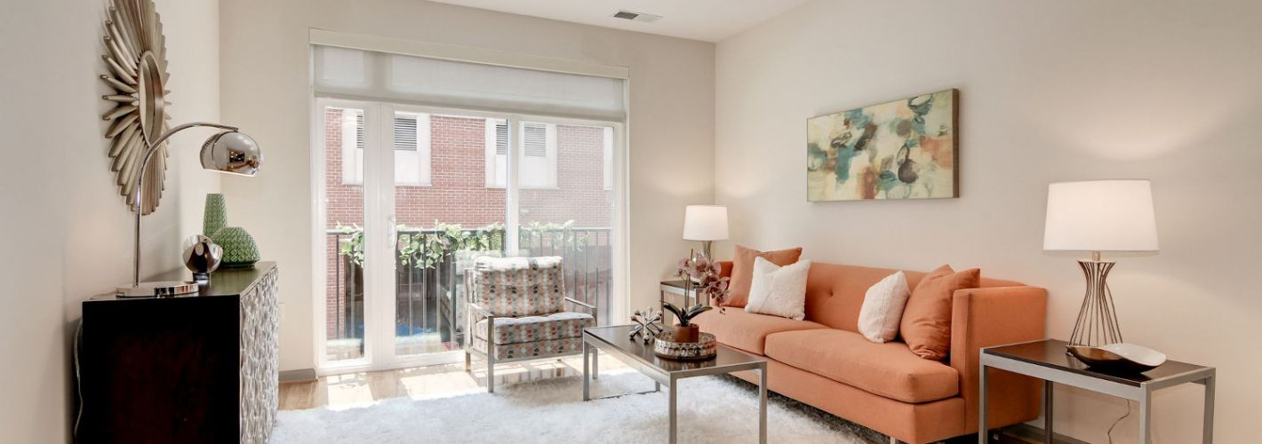 Crosswinds at Annapolis Town Center : Bright, open layouts with hardwood flooring in select homes