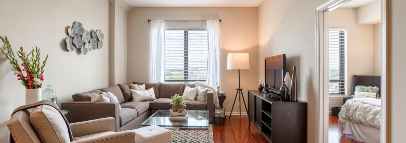 Mariner Bay at Annapolis Town Center : Living Room