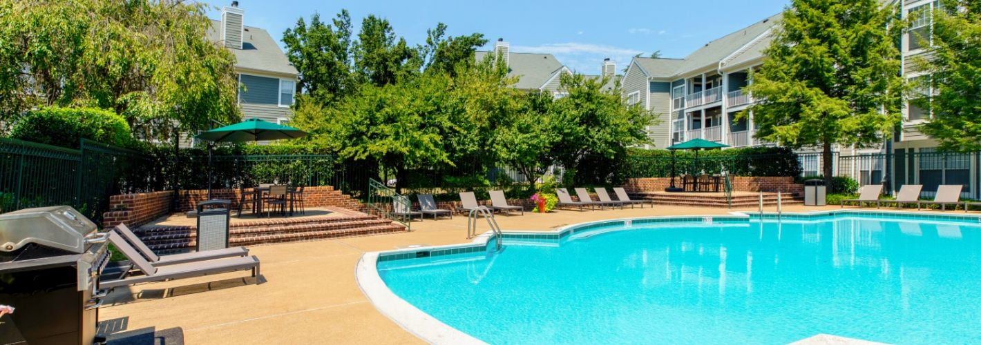 Hunters Glen : Pool and Grill