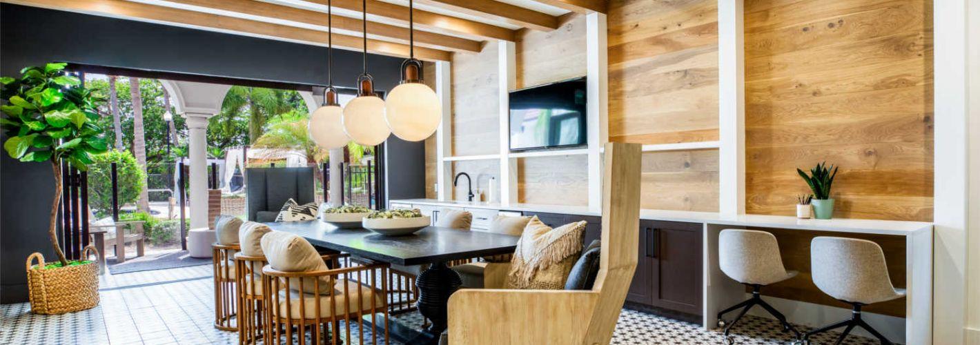 Avalia : Lounge