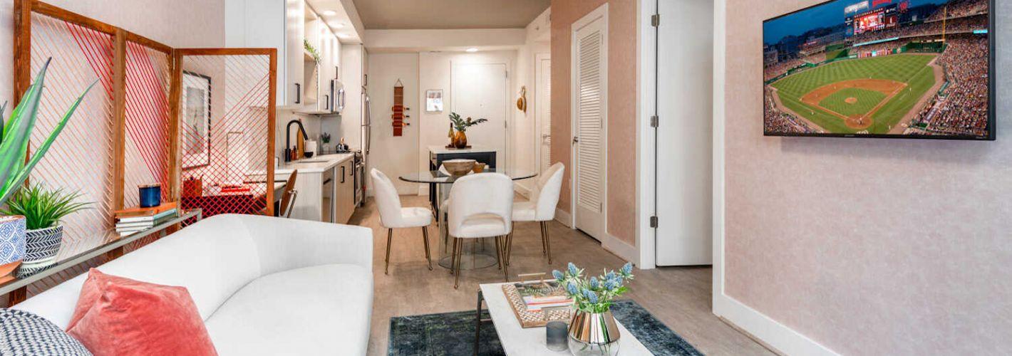 Novel South Capitol : Living room