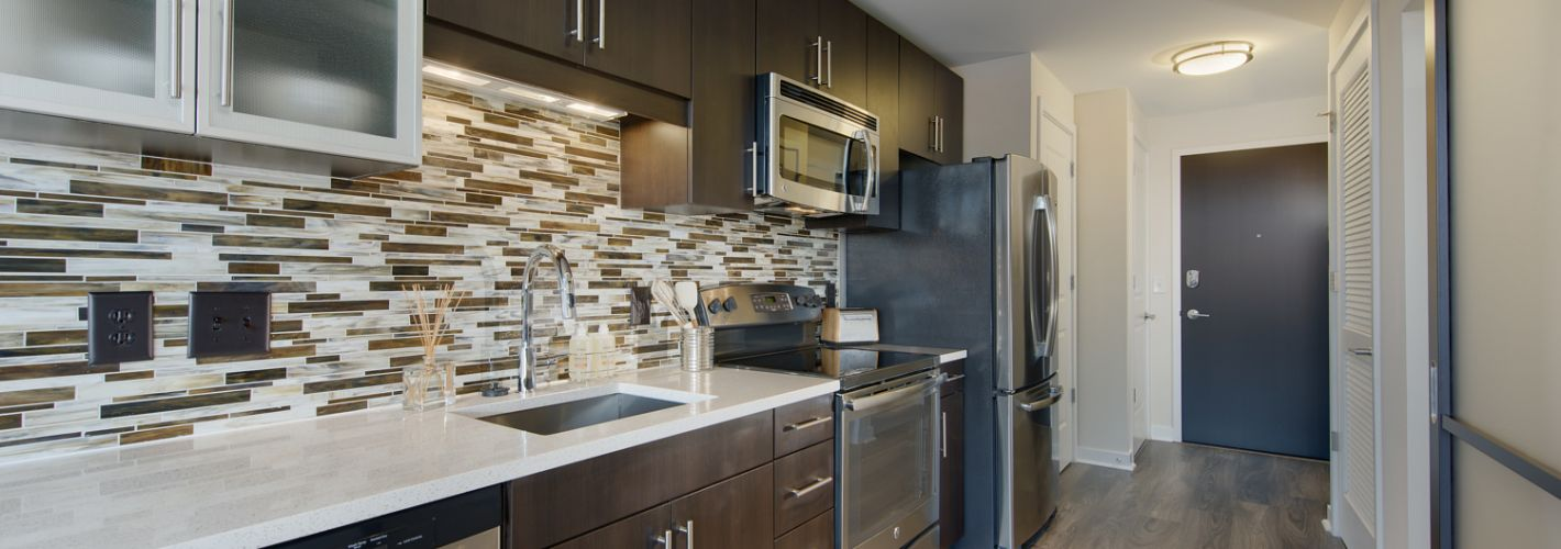 Elevation at Washington Gateway : Kitchen