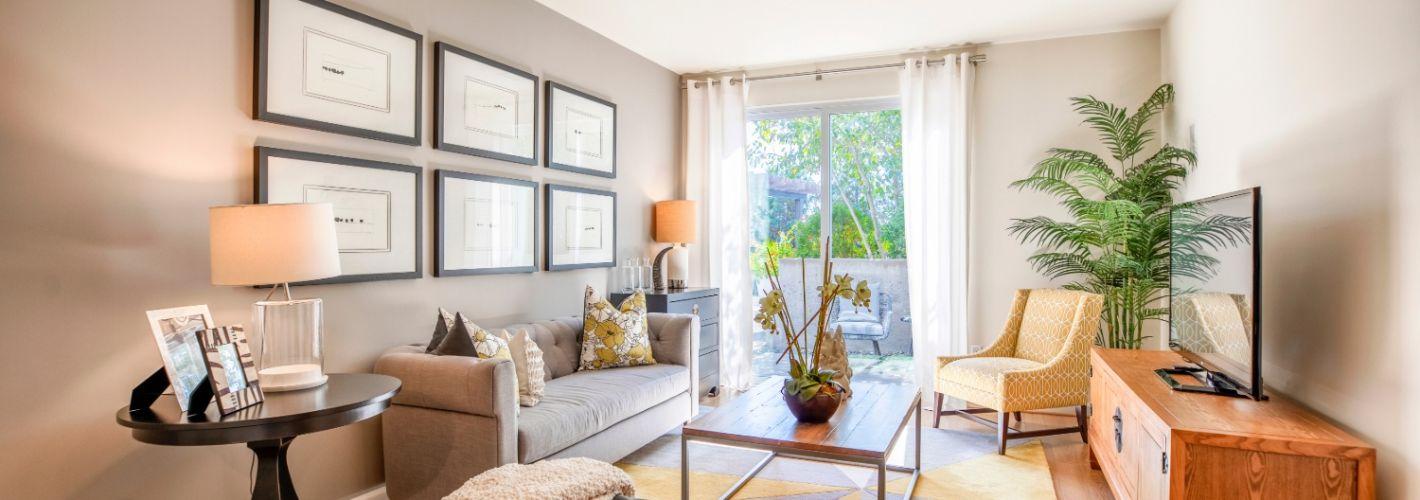 Halstead Square – Lofts & Lotus : Living Room