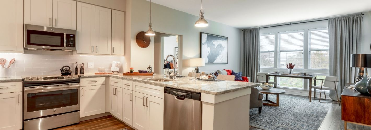 Canvas Valley Forge (55+ Living) : Kitchen