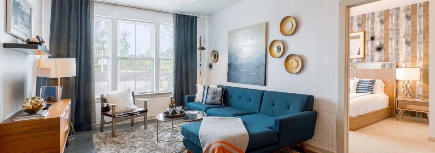 Chestnut Square : Living Room