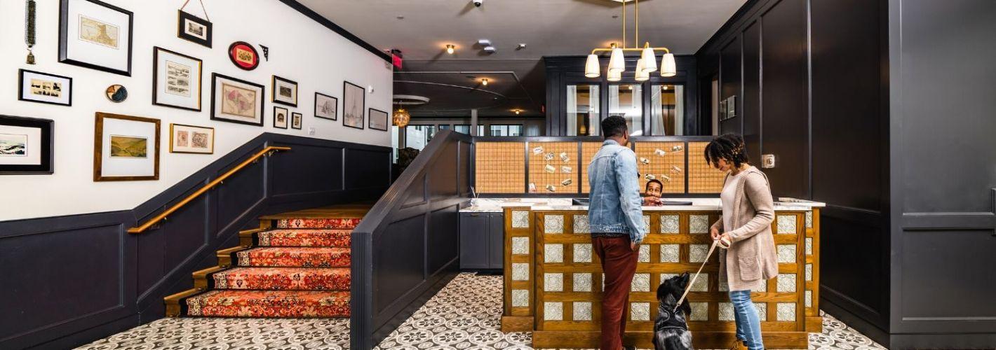 The Lockwood : Concierge Desk