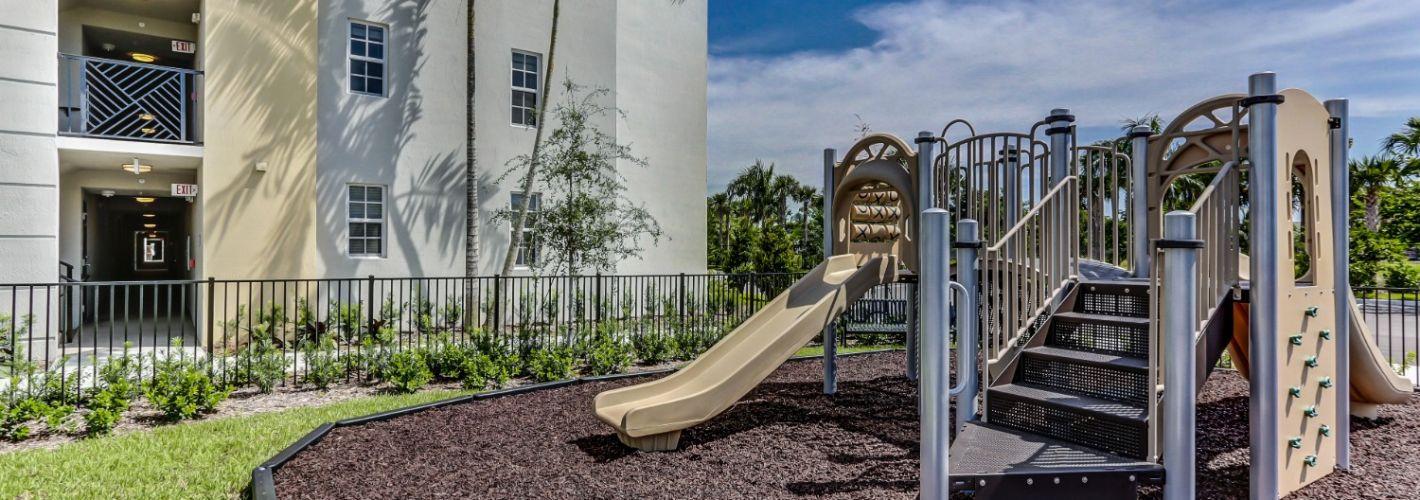 The District Boynton : Playground