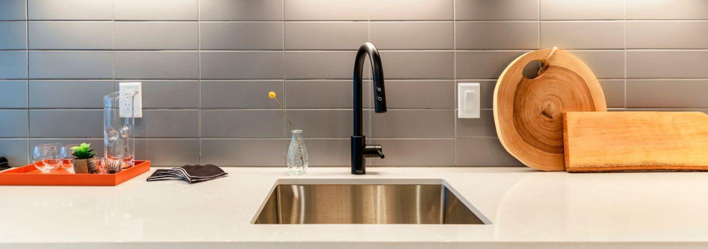 555 : KItchen Sink