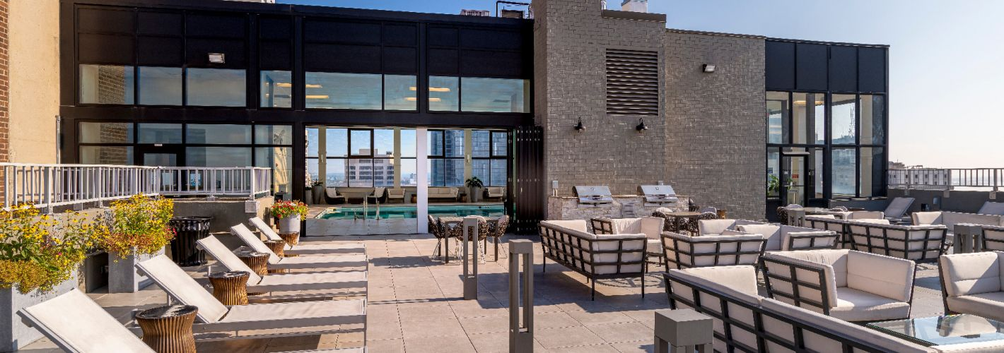1500 Locust : Enjoy the great views that our rooftop offers