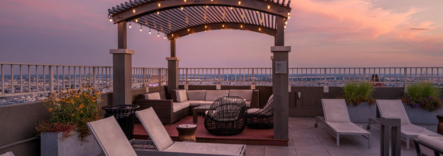 1500 Locust : Find your place to relax and recharge anytime of the day.