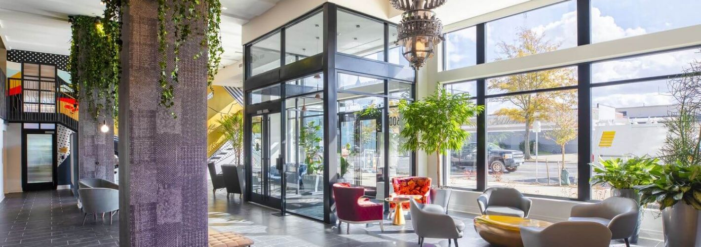 Coda at Bryant St : Lobby fitted with flexible work from home spaces