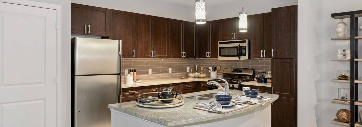 Enclave at Potomac Club Apartments : Your inner chef will adore the contemporary kitchen.