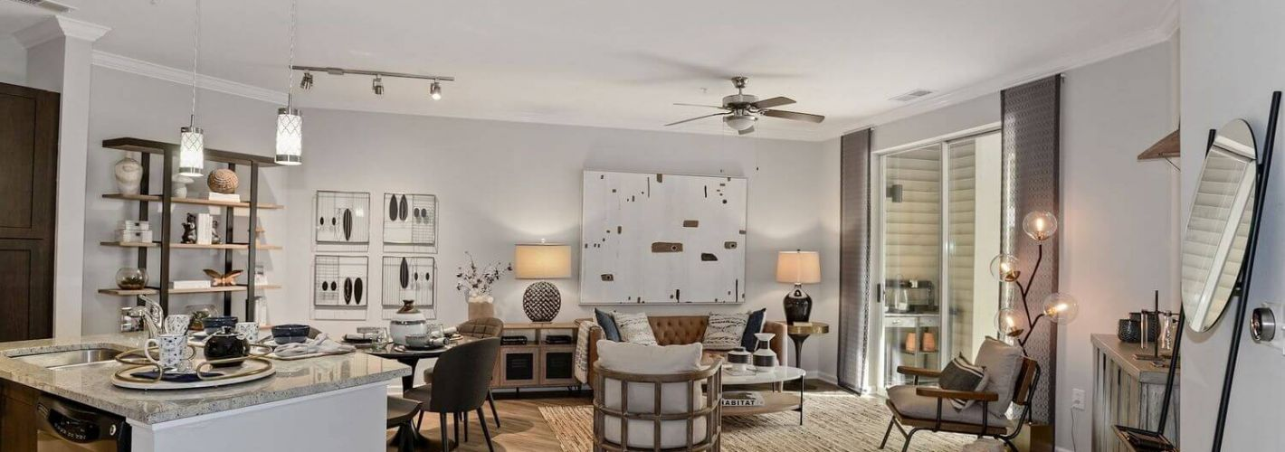 Enclave at Potomac Club Apartments : Flexible, spacious living area designed to fit your needs.