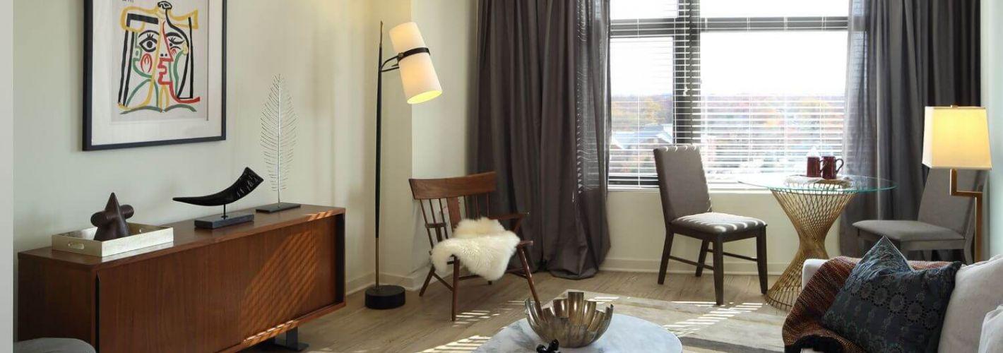 The Beacon Clarendon : Modern Living Room