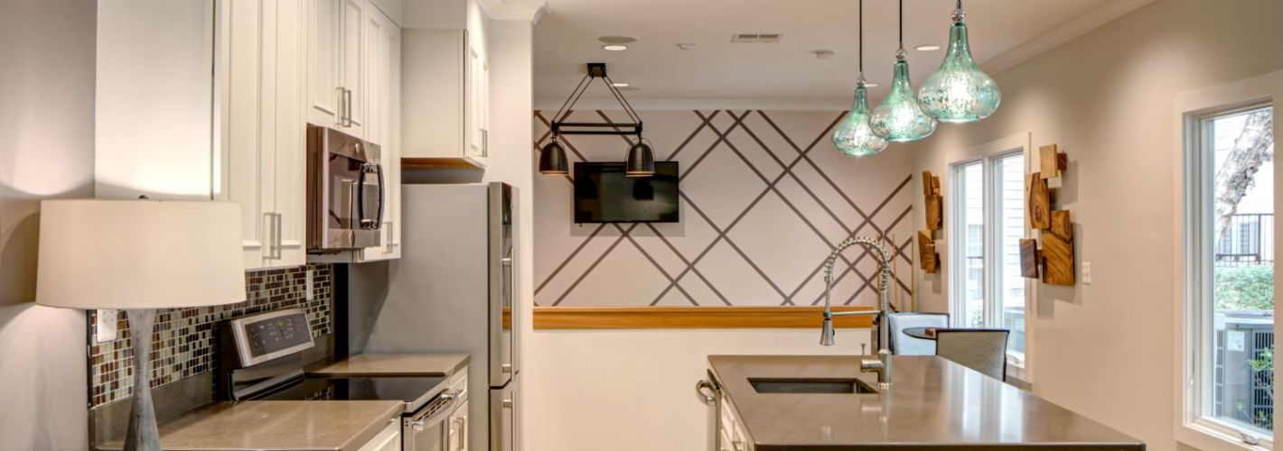 Lakeside Apartments : Resident Kitchen