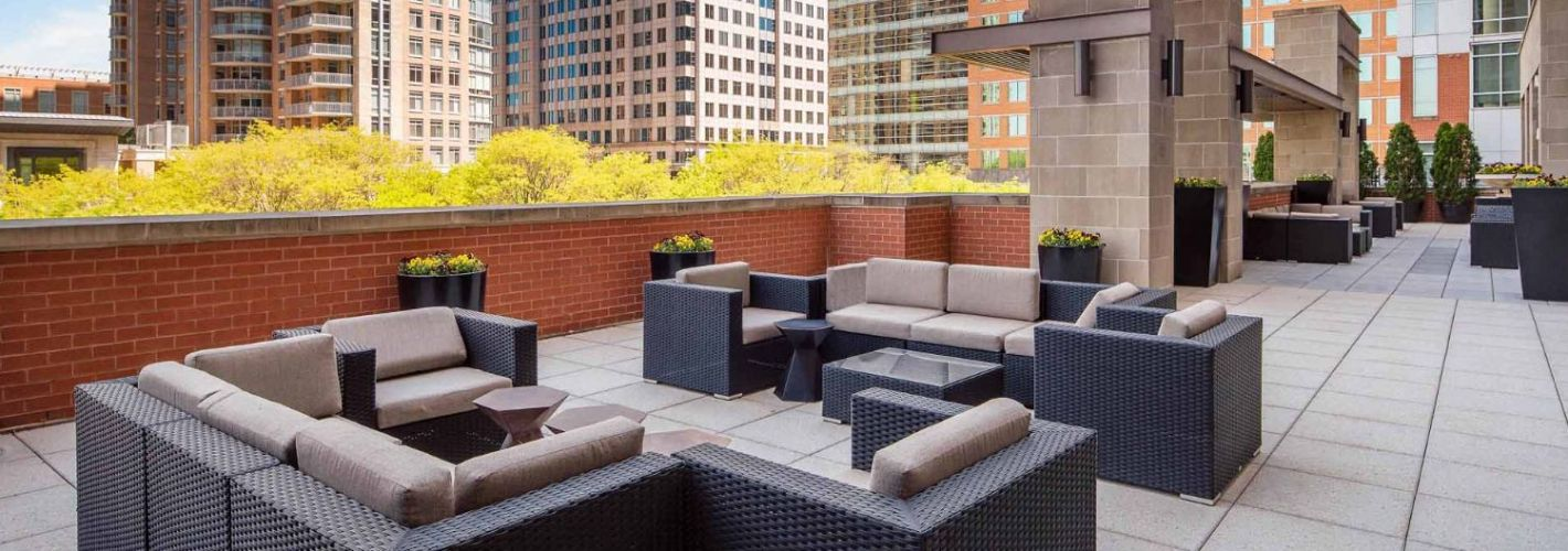 The Avant at Reston Town Center : Lounge