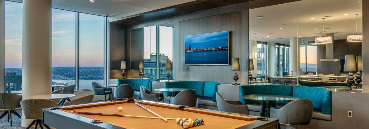 Premiere on Pine : Billiards
