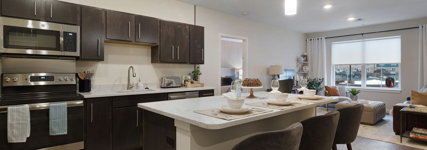 The Residences at Executive Park : Kitchen Model