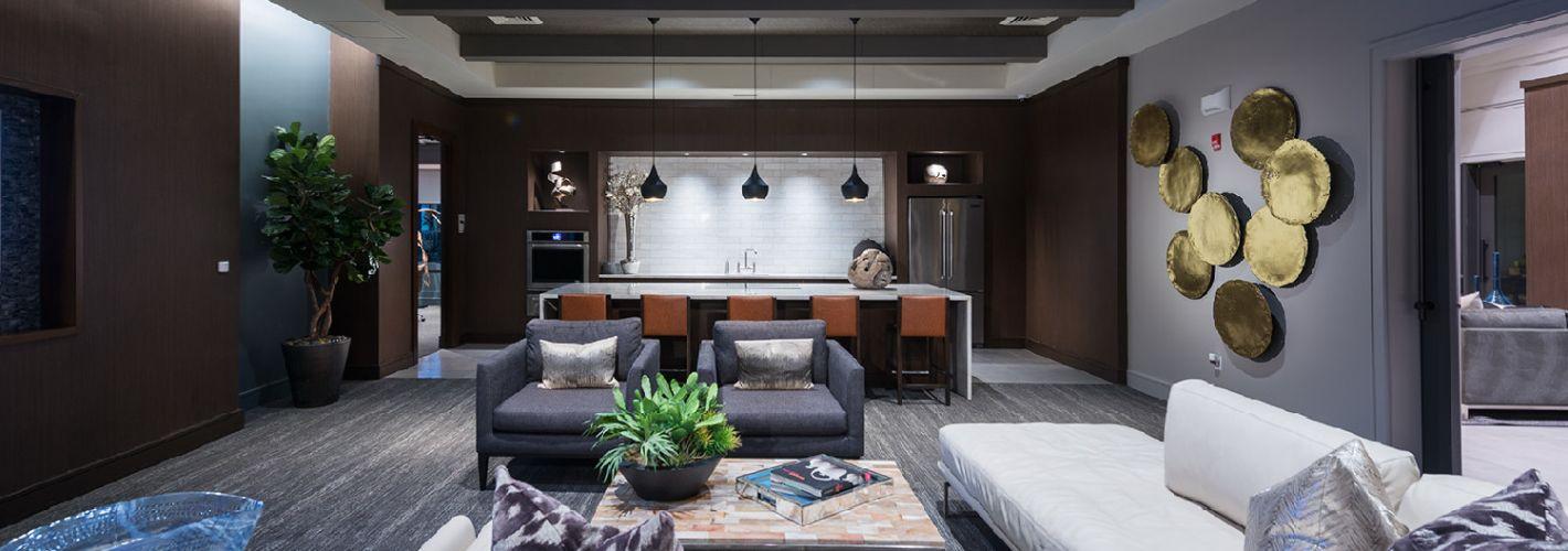 The Sylvan : Clubroom Lounge
