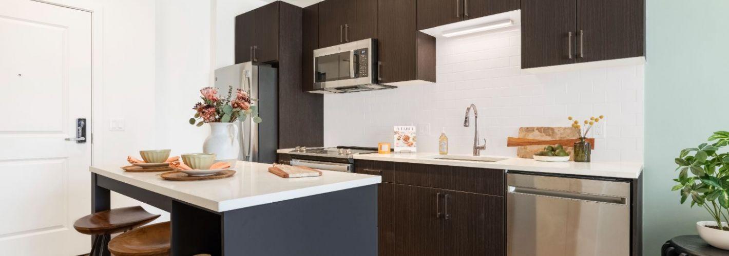 The Vale : Kitchen