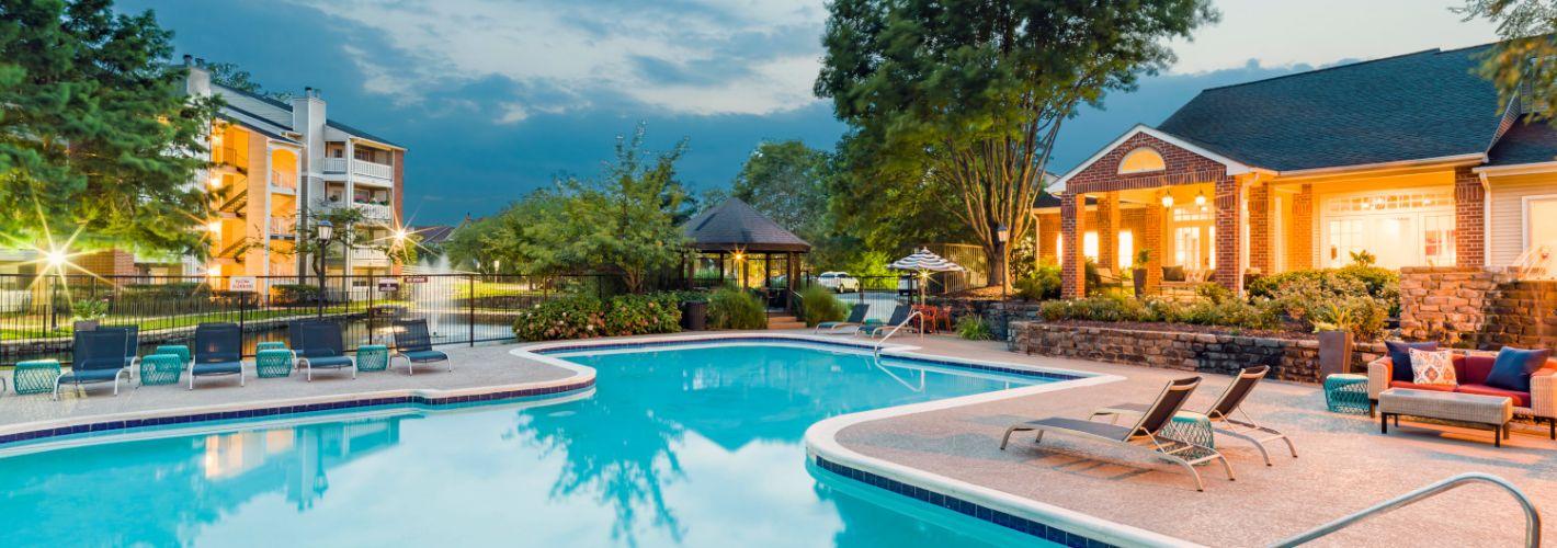 Halstead Fair Oaks : Pool