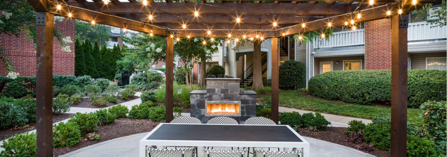 Halstead Fair Oaks : Fireplace